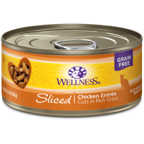 Wellness Cat Canned Complete Health™ Sliced Chicken Entree 5.5oz